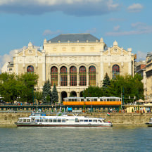 Vigadó Concert Hall, Budapest